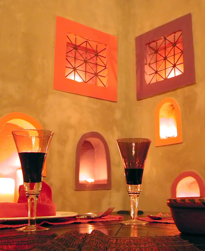 moroccan-dining-1224355-1279x1564