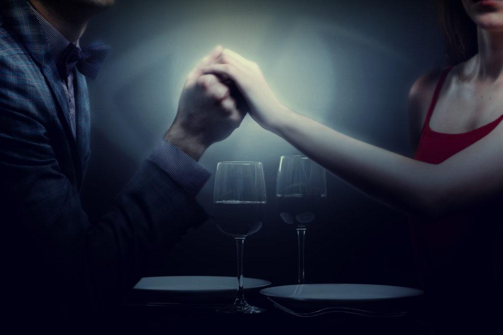 kolacja dla dwojga - romantyczne przeżycia