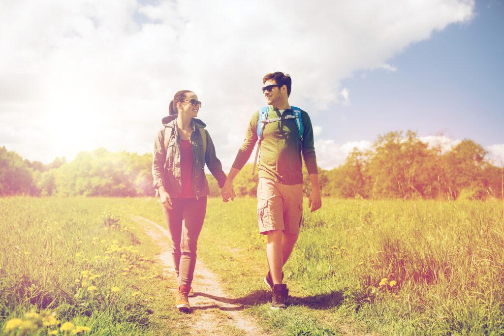 Para, spacer, wczesna jesień, zieleń