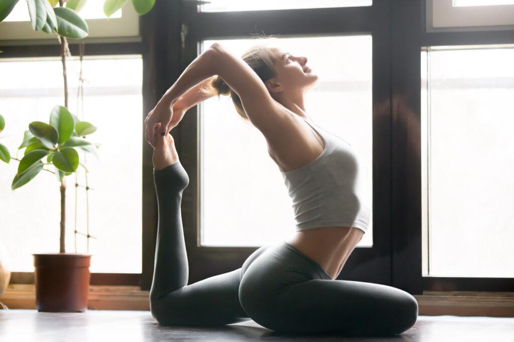 Pani się gibie, to chyba joga.