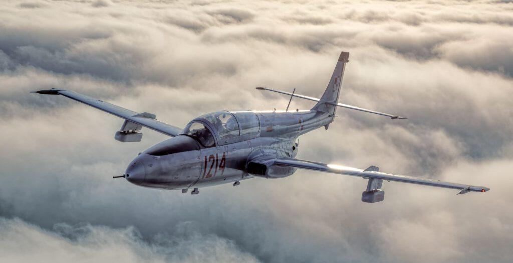Lot Odrzutowcem - lot na pokładzie prawdziwego odrzutowca to najbardziej niesamowity prezent!